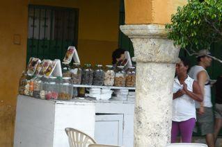 At the Portal de los Dulces
