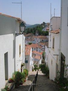 Steep Castelo street